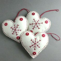 Christmas Decorations Scandinavian Felt Heart Set - White felt hearts with a red embroidered snowflake and red buttons for a little extra detail. You will receive all 3 hearts Each heart measures; 3 in x 3 in cm x 9 cm) If you have any que. Scandinavian Christmas Ornaments, Norwegian Christmas, Felt Christmas Decorations, Felt Christmas Ornaments, Danish Christmas, Nordic Christmas, Christmas Sewing, Christmas Diy, Homemade Christmas