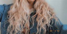 #hair #curlyhair #curlyhairstyles #blond #blondhair #denim #denimjacket #hippie #hippiehair #hippiestyle #hippiechic #boho #bohostyle #vsco