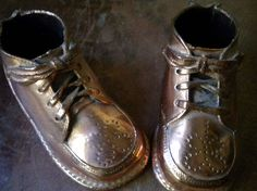 baby nursery ideas with heirloom baby shoes display Bronze Baby Shoes, Shoe Display, Metallic Heels, Good Old, Childhood Memories, Me Too Shoes, Combat Boots, Kids Fashion, Old Things