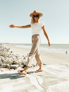 Simple Travel Outfits