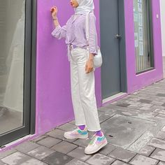 "𝔂𝓪𝔂𝓪🧚‍♀️ on Instagram: ""cute with pastel ˃̵ᴗ˂̵"" Modest Outfits, Modest Fashion, Hijab Fashion, Ootd Hijab, Hijab Chic, Pastel Outfit, Flower Wallpaper, Fashion Styles, Classy"