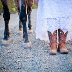 Horse filled ranch and cowboy inspirational wedding shoot in Nevada. Photos: Taylored Photo Memories.