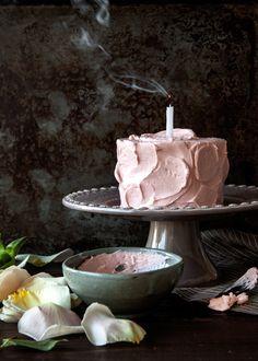 rose mocha cake