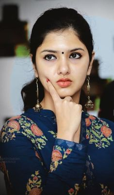 Gayathri R Suresh -  Indian actress | Bollywood beauty