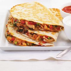 Quesadillas de poulet A Food, Good Food, Food And Drink, Yummy Food, Baby Food Recipes, Mexican Food Recipes, Cooking Recipes, Ricardo Recipe, Tortilla Wraps