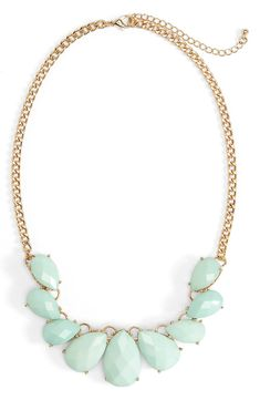 Such a pretty mint teardrop statement necklace for spring.