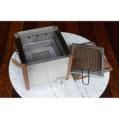 A Barbecube foi desenvolvida para facilitar a vida de quem faz churrasco. Ela é totalmente desmontável, facilitando a limpeza.  Para mais informações: contato@nooxdesign.com.br #noox #design #nooxdesign #productdesign #stainlesssteel #wood #barbecue #barbecube #grilleverywhere #getdesign #designmadepossible #designmilk #oppa #designporn #cooldesign #highdesignexpo #designmuseum #designdaily #fab #dezeen #archiproducts #arkpad #arquitetura #feed