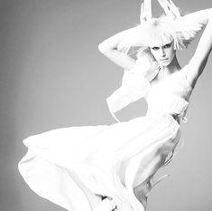 """25 """"Μου αρέσει!"""", 3 σχόλια - M E L O D R A M A (@melodramamx) στο Instagram: """"#MELODRAMAinspo Amamos a Kaia Gerber en esta editorial para el número de marzo de @britishvogue por…"""""""