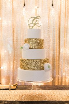 gold glitter wedding cake