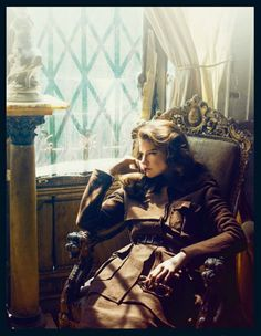LADY OF THE MANOR  http://dustjacket-attic.com/2013/08/fashion-editorial-lady-of-the-manor.html/