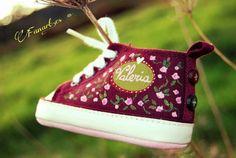Fanart.es  Zapatillas pintadas a mano/ Valeria