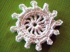 Ravelry: Wheel Flower Crochet Pattern pattern by Camelia Shanahan...free pattern!