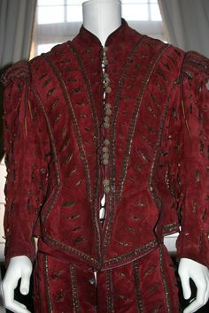 "Slashed doublet - Ramirez costume from ""Highlander"" pictoral review"