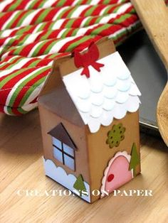 Milk carton #gingerbread house for #Christmas - adorable! #papercraft