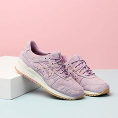 """RELEASE REMINDER!  The Clot x Asics Gel Lyte III will be releasing today at Naked Pilestræde at 11.00 CET. Online release at Nakedcph.com at 12.00 CET  Designed by CLOT Creative Director Edison Chen, """"The collection forms a beautiful picture of a lavender growing from the seeds in the soil, which can be presented by placing two shoes together."""" Utilizing the most iconic GEL-LYTE III silhouette, the shoes are finished off with a purple and sand suede body respectively, which represents…"""