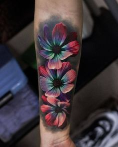 Tattoos And Body Art Flower forearm tattoo - Magnolia Flower Tattoos Tropisches Tattoo, Shape Tattoo, Cover Tattoo, Tattoos Motive, Forearm Tattoos, Body Art Tattoos, Tatoos, Arabic Tattoos, Spine Tattoos