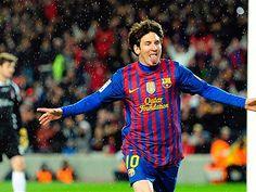 Barcelona busca las semis ante el poderoso AC Milan. Crees que Messi podra sacar adelante al Barca? http://foxd.tv/BC-ACM