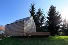 Maja's Wooden House by Ultra Architects  (2)