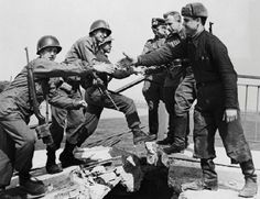U.S. soldiers greeting Solvet soldiers. 69th Infantry Division