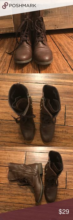 """Modern Brown Combat Boots A modern take on the combat boot. Brown with inside zip up closure as well as lace up tie for a looser nor relaxed fit of a tighter pull. Only worn a few times. Approx. 1"""" heel and 9.75"""" tall. Man made material. Mossimo Supply Co Shoes Combat & Moto Boots"""