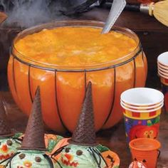 Halloween Recipe: Orange Witches' Brew Punch 1 package ounces) orange gelatin to 1 cup sugar 2 cups boiling water 1 can ounces) apricot nectar 1 can ounces) pineapple juice cup lemon juice 4 liters ginger ale, chilled Table Halloween, Halloween Goodies, Halloween Food For Party, Holidays Halloween, Halloween Treats, Happy Halloween, Halloween Recipe, Halloween Punch For Kids, Halloween Drinks Kids