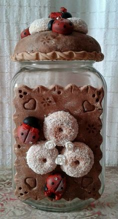 Polymer Project, Polymer Clay Projects, Clay Jar, Decorated Jars, Pasta Flexible, Gingerbread Cookies, Biscuits, Craft Supplies, Diy And Crafts