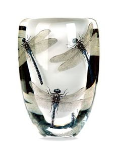 This woman's work is beautiful and incredible - working in glass and photography she brings the garden to life and art to your hand. Cathrine Maske