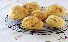 Korvapuusti - Traditional Finnish Cinnamon Buns - cake crumbs & beach sand