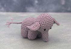 elefant sangkuffert Potholder Patterns, Crochet Patterns Amigurumi, Baby Knitting Patterns, Crochet Toys, Cute Crochet, Crochet For Kids, Yarn Stash, Mittens Pattern, Little Monkeys