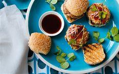The Union Café's tuna burger
