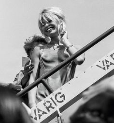 Brigitte Bardot at Jorge Chavez airport, Lima, on her way to France after filming Viva Maria! Bridgitte Bardot, Marlene Dietrich, Divas, And God Created Woman, Farrah Fawcett, French Actress, Illustrations, Most Beautiful Women, Beautiful People