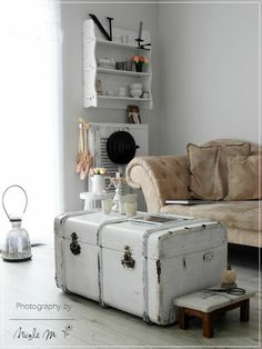 Old Trunk Painted White used for a Coffee Table. La Casa blanca