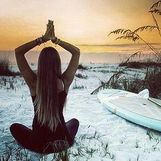 girls-do-yoga:  Yoga girl http://girls-do-yoga.tumblr.com/