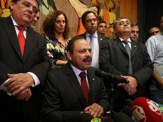 O presidente interino da Câmara dos Deputados, Waldir Maranhão (PP-MA), concede entrevista coletiva em Brasília (DF)