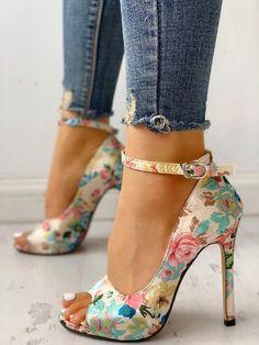 dde6179ed38 Chaussures à talon et bride à la cheville - Floral