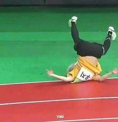 K Meme, Funny Kpop Memes, Bts Memes, Seventeen Memes, Seventeen Woozi, K Pop, Image Meme, Crazy Kids, Wonwoo