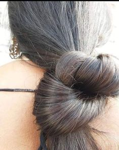 Beautiful Buns, Beautiful Long Hair, Amazing Hair, Gorgeous Hair, Kalyan Tips, Loose Buns, Cute Kids Photography, Big Bun, Bun Hairstyles For Long Hair