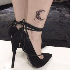 # - Land of Tattoos Pretty Tattoos, Love Tattoos, Beautiful Tattoos, Body Art Tattoos, Tattoos For Women, Anklet Tattoos, Tattoo Bracelet, Moon Tattoo Designs, Henna Tattoo Designs