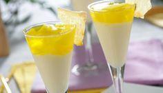 Copa de piña con gelatina de limón