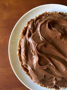 Mint Chocolate Avocado Cream Pie {Vegan/Paleo}