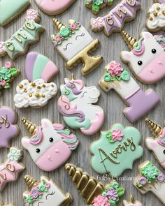 I have had this order on my calendar for months and have been so excited to do this unicorn set! 🦄 I love the color combination and how it… - Birthday Month Iced Cookies, Royal Icing Cookies, Sugar Cookies, Unicorn Themed Birthday Party, 4th Birthday, Birthday Ideas, First Birthday Cookies, Unicorn Cookies, Unicorn Foods