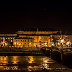 Passeggiando nella notte vellutata di #Parma - Instagram by filippo.zbogar