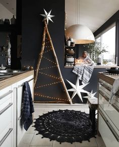 35 Black Christmas Tree Ideas 'coz everything else is just Background Noise - Hi. - uncategorized - 35 Black Christmas Tree Ideas 'coz everything else is just Background Noise – Hike n Dip - Christmas Tree Design, Black Christmas Trees, Decoration Christmas, Christmas Home, Christmas Crafts, Christmas Ideas, Christmas Cooking, Christmas Countdown, Xmas