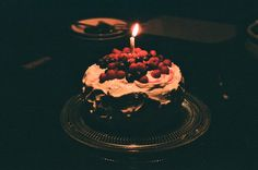 Uploaded by Luna ☾. Find images and videos about cake, food and vintage on We Heart It - the app to get lost in what you love. Happy Birthday My Hubby, Happy Birthday Quotes For Friends, Happy Birthday Images, Birthday Greetings, Birthday Wishes, Birthday Cake, Birthday Blast, Birthday Ideas, Birthday Balloons