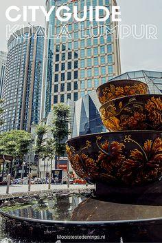 Oude en nieuwe architectuur bestaat gewoon naast elkaar in Kuala Lumpur, bekijk alle tips | Mooistestedentrips.nl