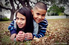 Such awesome siblings!!! Great photo session!!!