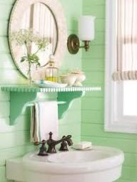 Mint bathroom ❤, love the shelf!