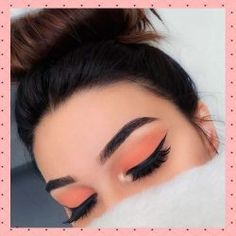 Microblading: The new technology for perfect eyebrows. Discover this ne . - Make Up & Beauty - Eye Makeup Makeup Eye Looks, Makeup For Green Eyes, Cute Makeup, Gorgeous Makeup, Skin Makeup, Grunge Eye Makeup, Peach Eye Makeup, Orange Makeup, Makeup Eyebrows