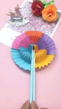 Diy Crafts Hacks, Diy Crafts For Gifts, Diy Arts And Crafts, Fun Crafts, Paper Flowers Craft, Paper Crafts Origami, Paper Crafts For Kids, Instruções Origami, Origami Tutorial