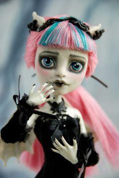 Custom Monster High Rochelle Goyle Gothic Victorian OOAK repaint